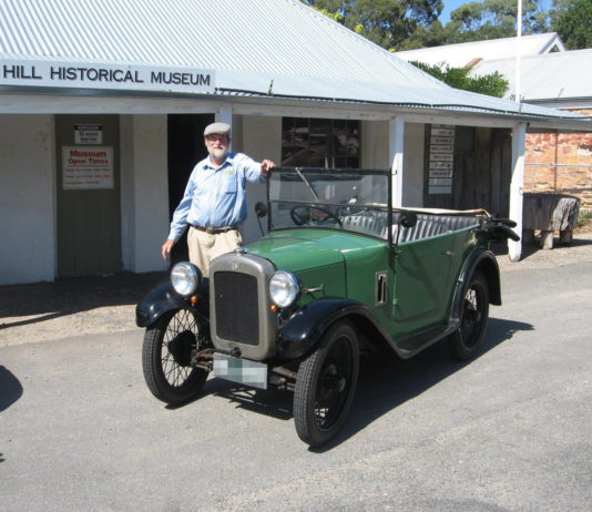 Austin 7 - Classic car shipping