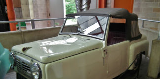 Image of a Reliant Regal - Similar Car Shipped to the USA by Autoshippers