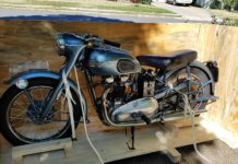 Triumph Thunderbird Motorbike shipped to the USA
