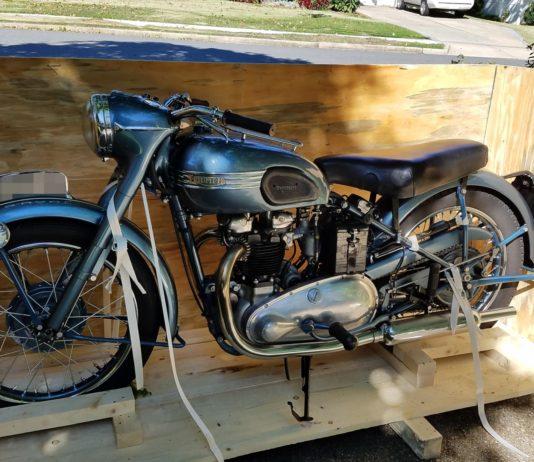 Triumph Thunderbird Motorbike shipped to the USA