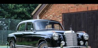 1959 Mercedes-Benz 220 S Ponton - Classic car shipping UK to Japan