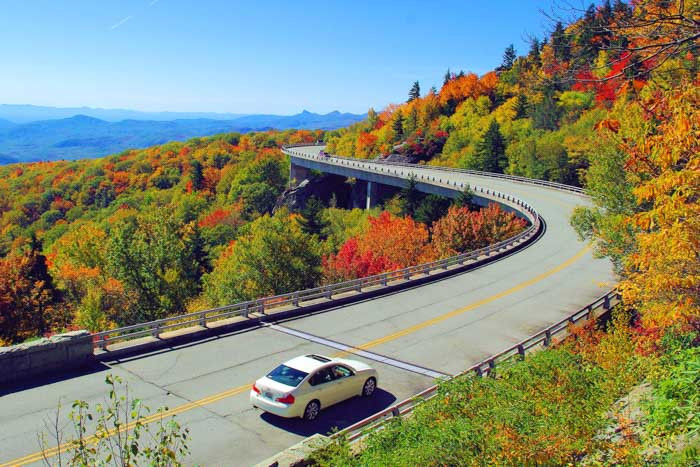 Blue Ridge Parkway - Best US Road Trips - Shipping Your Car to the USA.