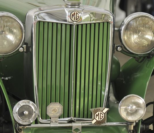 MG M-Type Front Close up