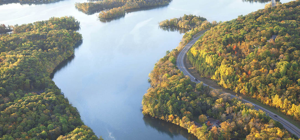 Great River Road - Best US Road Trips - Shipping Your Car to the USA.