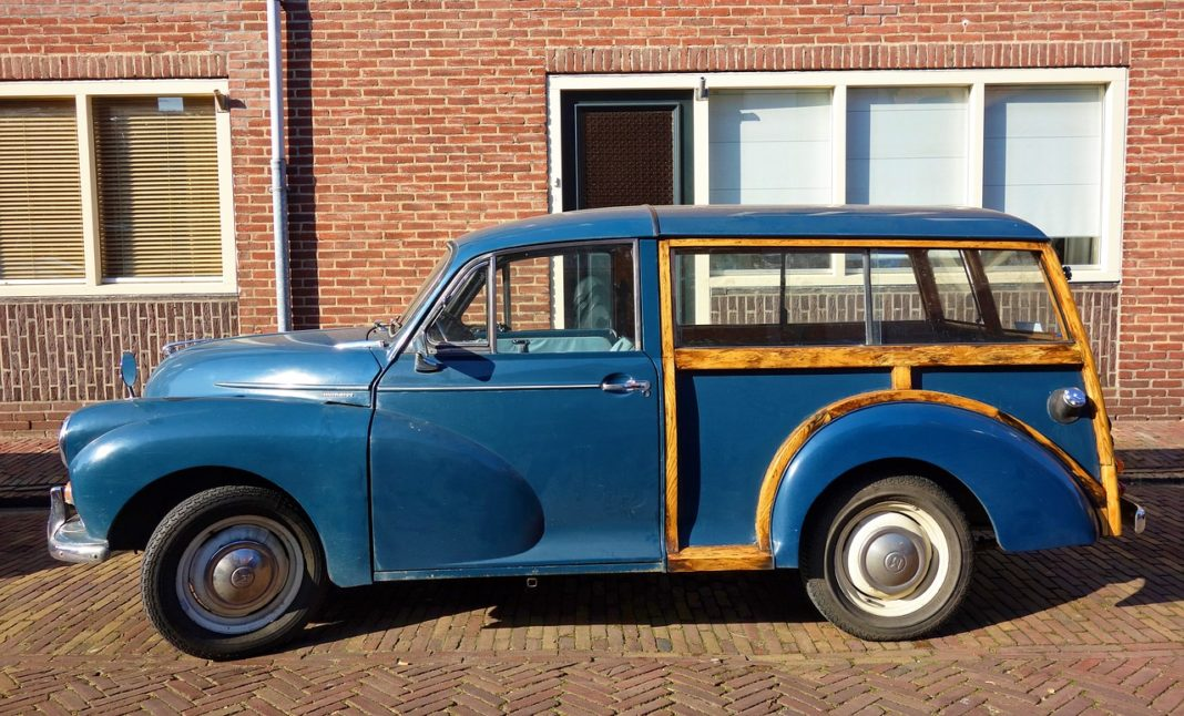 Morris Minor Traveller - Autoshippers Car Shipping