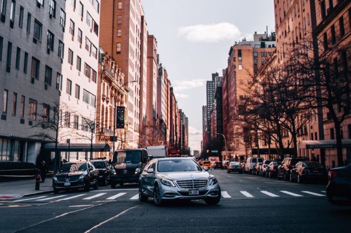 Driving in the US - Car Insurance in the US - Car Shipping USA