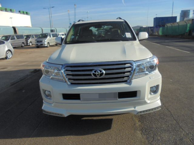 Car Shipping Toyota Land Cruiser