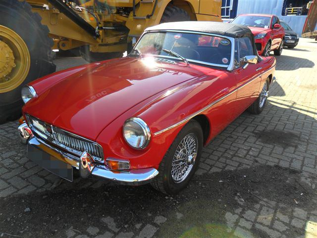 Car Shipping MG B Roadster