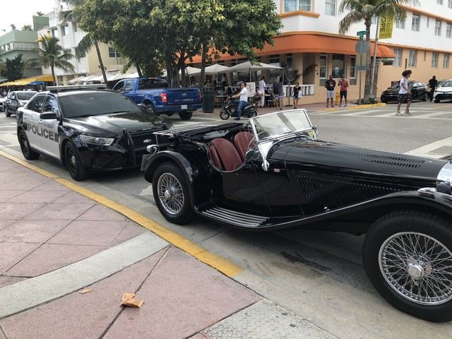 Jaguar SS Reproduction shipped to FL, USA