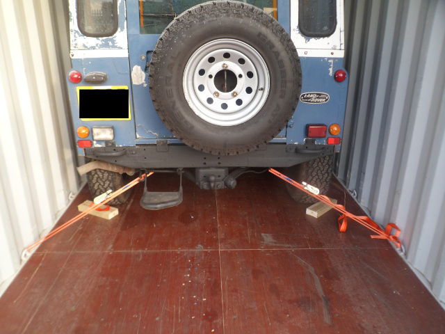 Land Rover Shipping UK to USA and Canada | AutoShippers